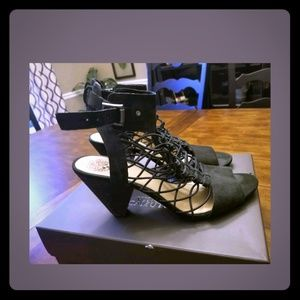 "Vince Camuto ""Evel"" black strappy heels 10M"